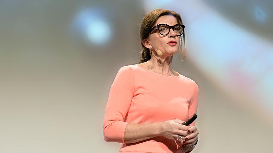 Service-Performance Sabine Hübner